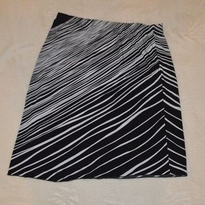 Chico's Skirt 2 Black White Diagonal Stripe